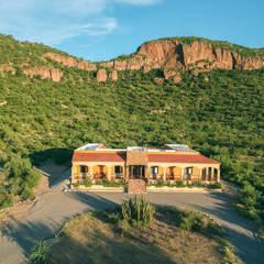 Hacienda la Pitahaya: Casas de estilo  por GPro - Gabinete de Proyectos