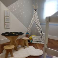 LEEDS: Quartos dos meninos  por Juliana Damasio Arquitetura