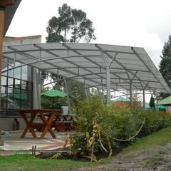 Roof by Diego Alejandro Acevedo,