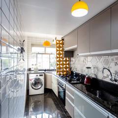 Kitchen units by Arquit&thai, Modern Granite