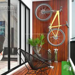 Residence 22, Mont Kiara:  Garden by Norm designhaus,
