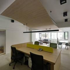 同升貿易:  辦公室&店面 by Fu design