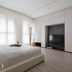 隱·當代奏鳴曲:  飯店 by 芮晟設計事務所, 現代風 木頭 Wood effect