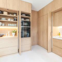 آشپزخانه by YLAB Arquitectos