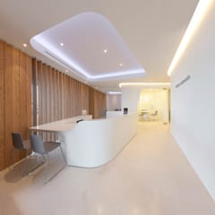 Clinics by YLAB Arquitectos