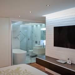 Apartamento en Chulavista: Cuartos de estilo  por RRA Arquitectura, Minimalista Ladrillos