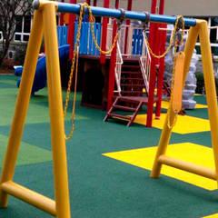 Playground Jakarta International Korea School:  Sekolah by PT. Datra Internusa