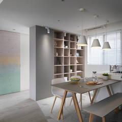 Phòng ăn by 寓子設計