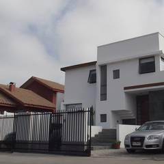 Casas unifamiliares de estilo  por Territorio Arquitectura y Construccion - La Serena