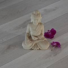 Lantai by Wanabiwood Flooring