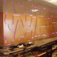 Restaurante y cafetería Hotel Buenos Aires: Locales gastronómicos de estilo  de Interiorismo  & Diseño Francisco Javier Menéndez Cámara