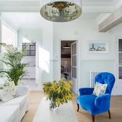 Diseño y reforma integral de una vivienda de 70 años en A Coruña: Salones de estilo  de Imaisdé Design Studio