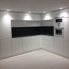 Dapur built in by Portochic