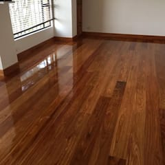 Floors by TECAS Y MADERAS DE COLOMBIA SAS