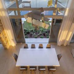Casa La Reserva Cardales: Comedores de estilo  por ARQCONS Arquitectura & Construcción