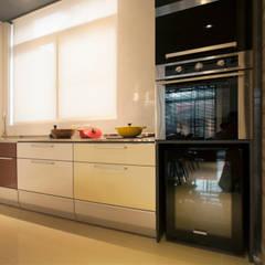 Kitchen by 昕益有限公司