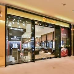 Watatime Pavilion (Lot 2.01.12):  Offices & stores by Space Simplified Sdn Bhd, Modern
