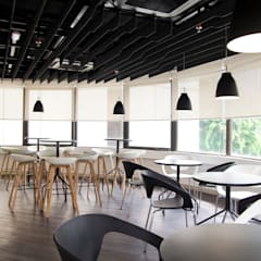 Shangri-La Customer Contact Centre:  Offices & stores by Space Simplified Sdn Bhd, Modern