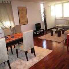 Apartamento T2 Avenidas Novas - Lisboa Salas de jantar mediterrânicas por EU LISBOA Mediterrânico