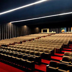 Auditorium of the Hindu Community of Portugal - Linear LED Light ORIS+ High Performance من Brilumen تبسيطي