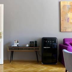 Il divano letto Ellis per l'Hotel Altstadt a Vienna: Hotel in stile  di MilanoBedding