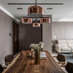 新北永和 敦南一品  Chen residence:  餐廳 by 双設計建築室內總研所