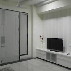 Electronics by Chawla N Associates