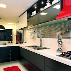 Kitchen units by RI Arquitetura