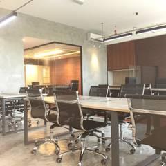 Office buildings by LI A'ALAF ARCHITECT