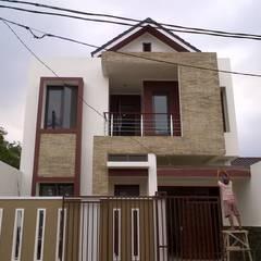 Detached home by Amirul Design & Build