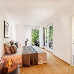 Penthouse-Wohnung - Home Staging - Inszenierung  für den Verkauf - München-Grünwaldd:  Schlafzimmer von Münchner home staging Agentur GESCHKA
