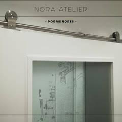 Deuren door Nora Atelier
