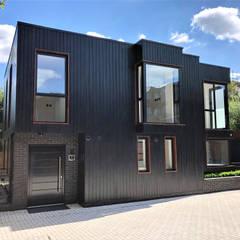 Darcies Mews:  Houses by The Crawford Partnership