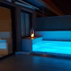 Duplex Alameda, Valencia: Spa de estilo  de MASR | Estudio de arquitectura
