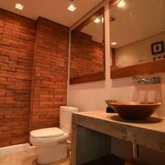 Lavabo: Banheiros  por Kaza Estúdio de Arquitetura