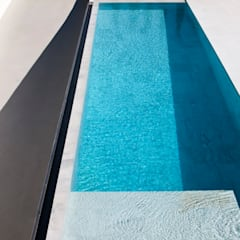 Pool by FRAN SILVESTRE ARQUITECTOS