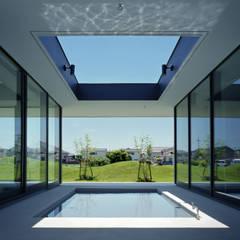 鳴門の家/House in Naruto: 藤原・室 建築設計事務所が手掛けたプールです。
