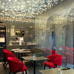 Too Chi Gastrobar: Gastronomía de estilo  por A-Z architects