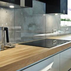 Efekt betonu w domu jednorodzinnym: styl , w kategorii Kuchnia zaprojektowany przez Rawtype