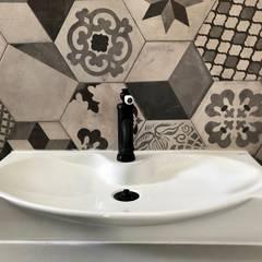 : Salle de bains de style  par B.A-Studio