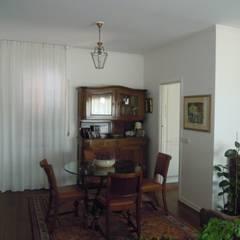 Appartamento privato a Roma: Spogliatoio in stile  di AfterArch