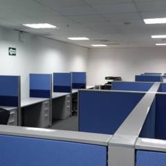Mobiliario Modular: Oficinas de estilo moderno por RW arquitectos SAC