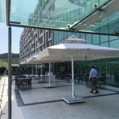 Akaydın şemsiye – Miracle Istanbul Asia Otel & SPA :  tarz Teras