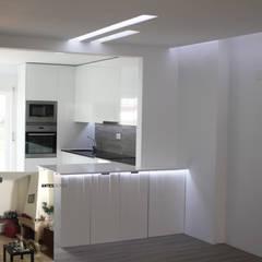 Küchenzeile von CVZ Construcoes