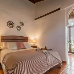 Dormitorio DESPUÉS: Dormitorios de estilo  de Home & Haus | Home Staging & Fotografía