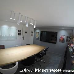 Escritório de reuniões : Lojas e imóveis comerciais  por Montese Engenharia