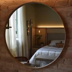 غرفة نوم تنفيذ Carla Pagotto Arquitetura e Design Interiores