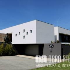 Villa von OBRA ATELIER - Arquitetura & Interiores