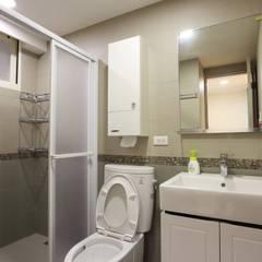 俐落清爽的北歐質感家園:  浴室 by 青築制作