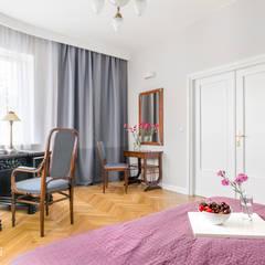 Kamienica na Mokotowie : styl , w kategorii Sypialnia zaprojektowany przez ANNA HIRSZBERG 'HIRSZBERG' PRACOWNIA ARCHITEKTONICZNA